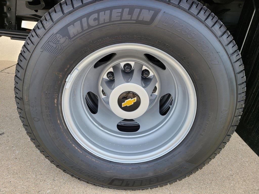 2020 Chevrolet Silverado 3500 Crew Cab DRW 4x4, Hillsboro GII Steel Platform Body #ZT8813 - photo 6