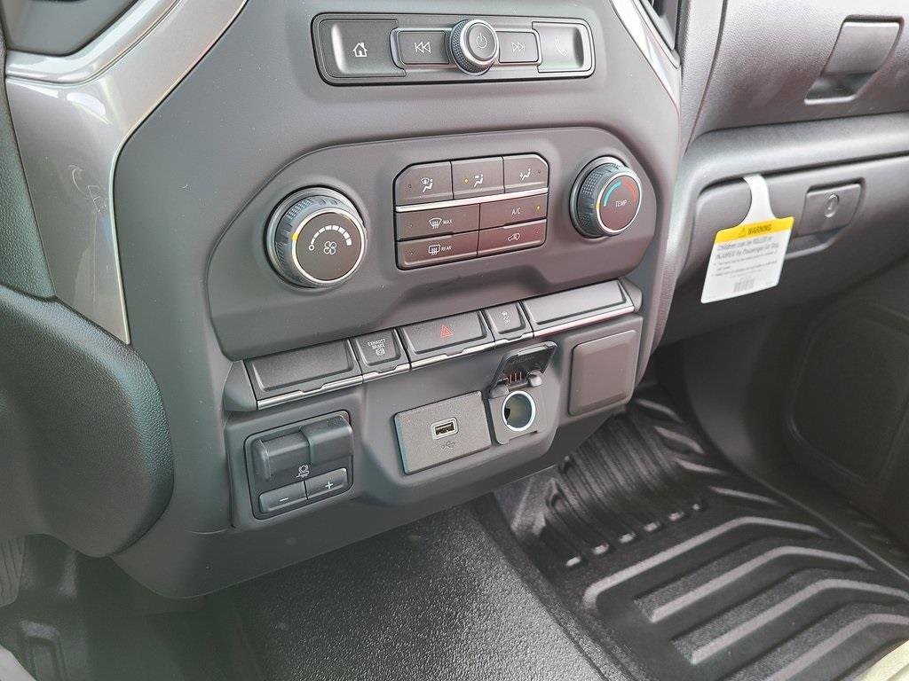 2020 Chevrolet Silverado 3500 Crew Cab DRW 4x4, Knapheide PGNB Gooseneck Platform Body #ZT8904 - photo 14