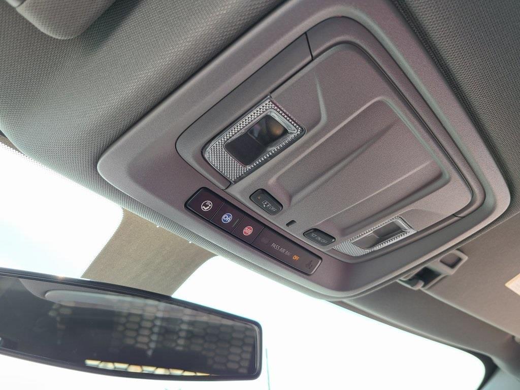 2020 Chevrolet Silverado 3500 Crew Cab DRW 4x4, Knapheide PGNB Gooseneck Platform Body #ZT8904 - photo 17