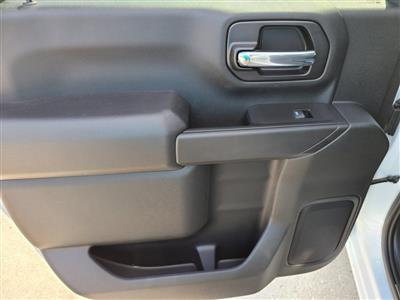 2020 Chevrolet Silverado 3500 Crew Cab DRW 4x4, Knapheide PGNB Gooseneck Platform Body #ZT8904 - photo 7