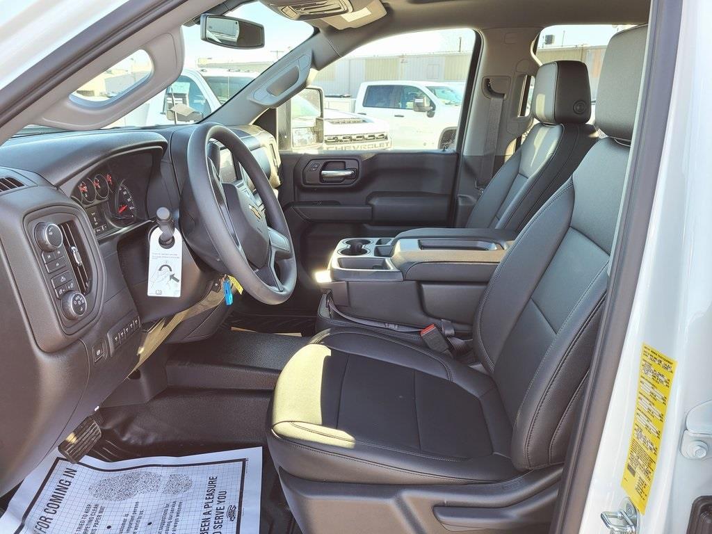 2020 Chevrolet Silverado 3500 Crew Cab 4x4, Reading SL Service Body #ZT9130 - photo 11