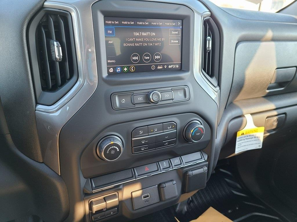 2020 Chevrolet Silverado 3500 Crew Cab 4x4, Reading SL Service Body #ZT9130 - photo 14