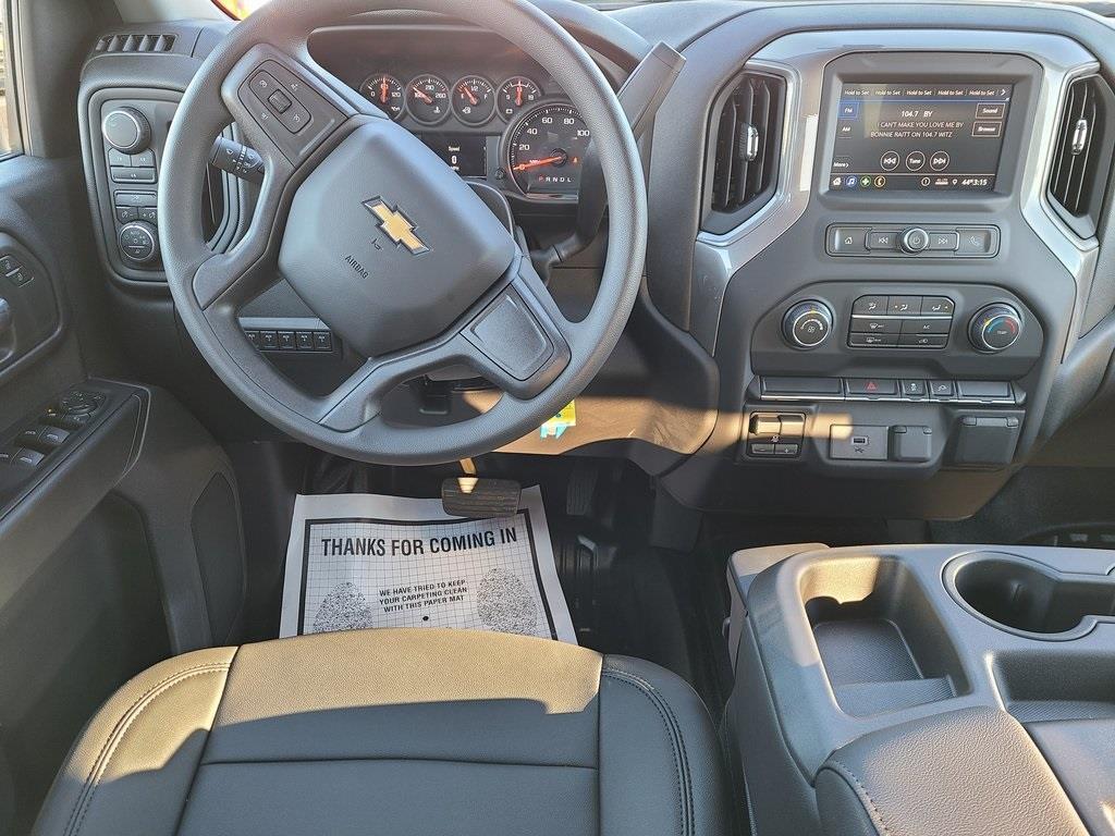 2020 Chevrolet Silverado 3500 Crew Cab 4x4, Reading SL Service Body #ZT9130 - photo 9