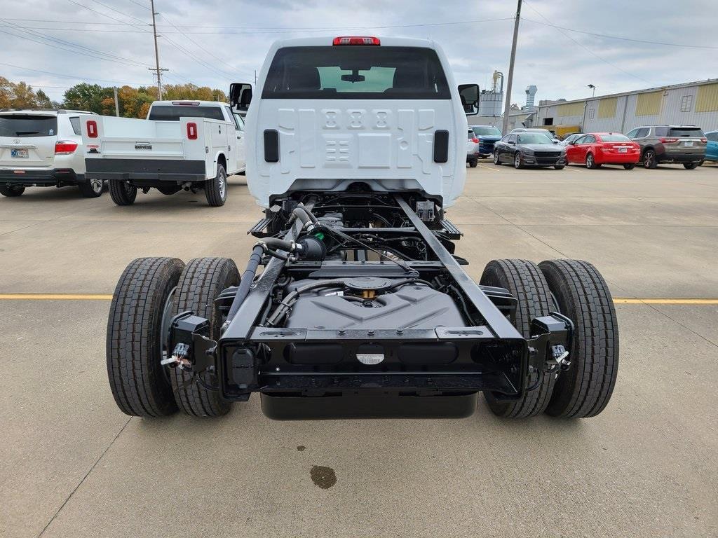 2020 Chevrolet Silverado 4500 Regular Cab DRW 4x4, Cab Chassis #ZT9154 - photo 1