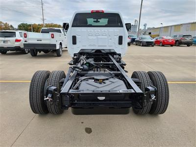 2020 Chevrolet Silverado 4500 Regular Cab DRW 4x4, Cab Chassis #ZT9154 - photo 2