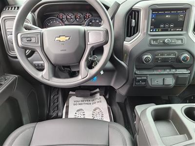 2020 Chevrolet Silverado 3500 Crew Cab DRW 4x2, Knapheide PGNB Gooseneck Platform Body #ZT9347 - photo 11