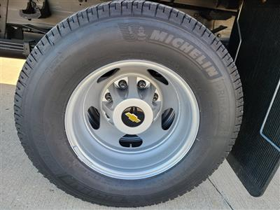 2020 Chevrolet Silverado 3500 Crew Cab DRW 4x4, Hillsboro 2000 Series Aluminum Platform Body #ZT9425 - photo 6