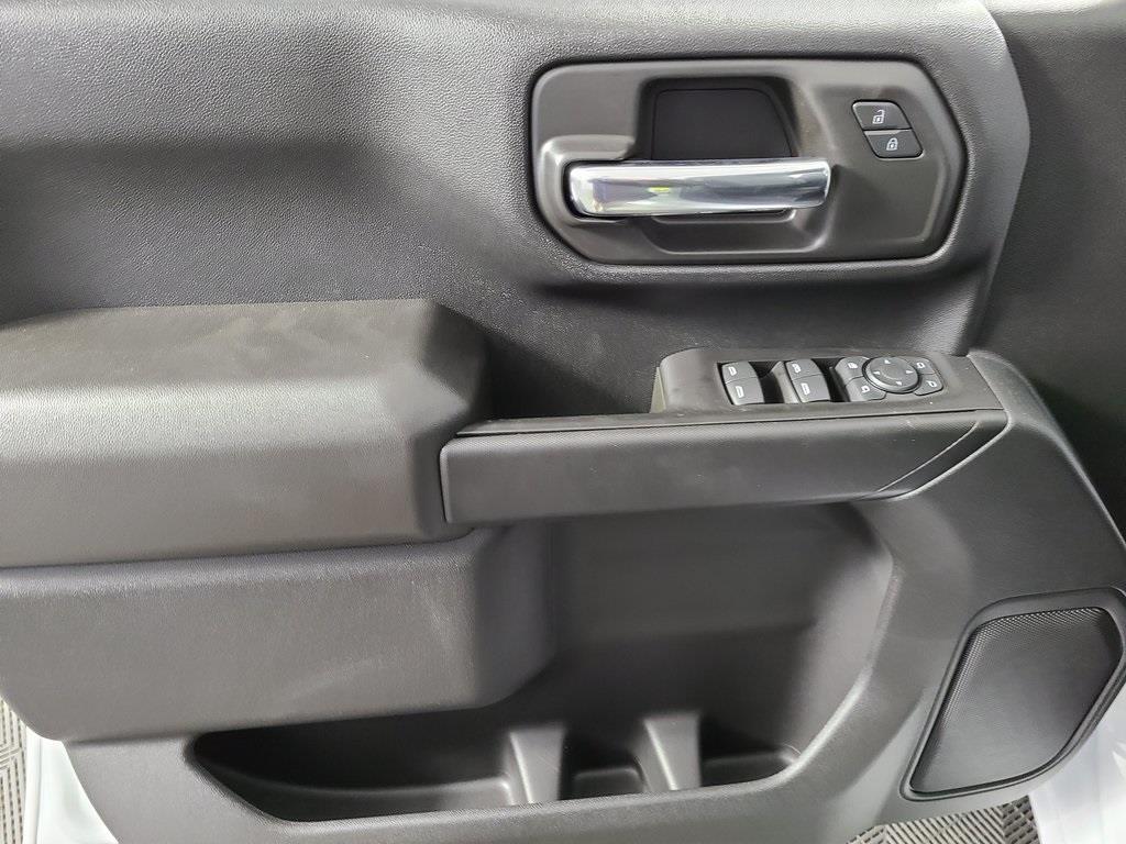 2020 Chevrolet Silverado 3500 Crew Cab 4x4, Reading SL Service Body #ZT9523 - photo 9