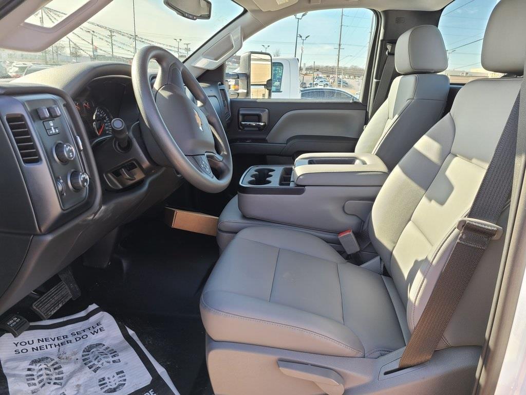 2020 Chevrolet Silverado 4500 Regular Cab DRW 4x4, Knapheide Steel Service Body #ZT9526 - photo 7