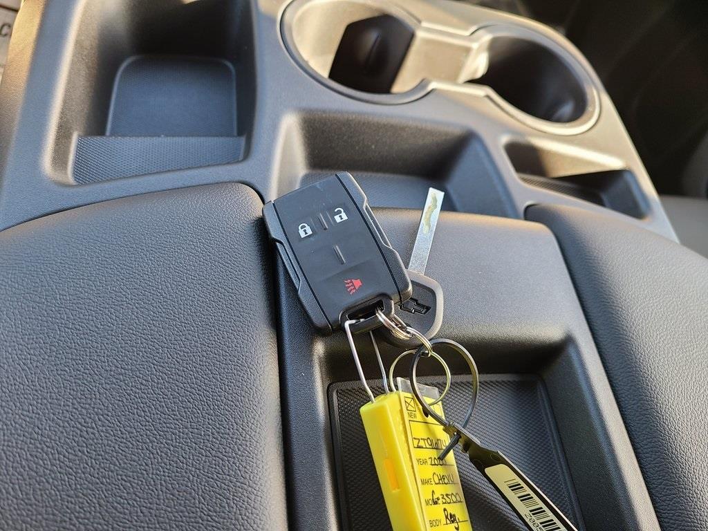2020 Chevrolet Silverado 3500 Regular Cab DRW 4x4, Monroe MTE-Zee Dump Body #ZT9674 - photo 12