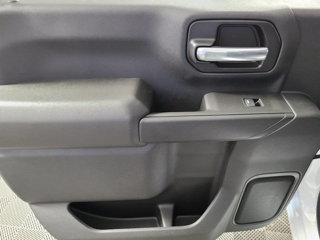 2020 Chevrolet Silverado 2500 Crew Cab 4x4, Reading SL Service Body #ZT9726 - photo 7