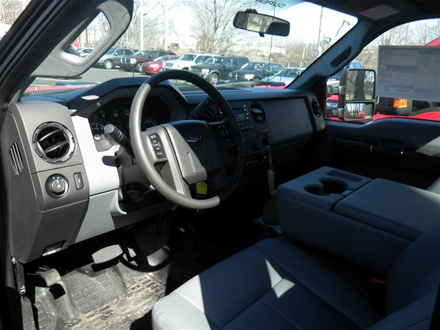 2016 F-350 Regular Cab 4x4 Pickup #CFCR8901 - photo 8