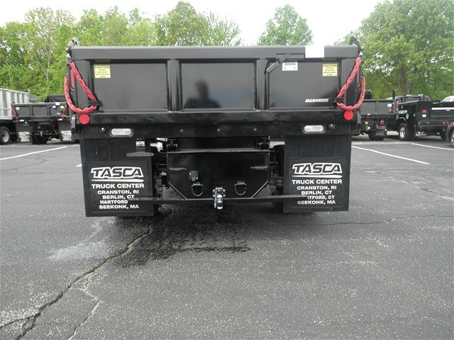 2017 F-550 Regular Cab DRW 4x4, Reading Dump Body #CR1449 - photo 2