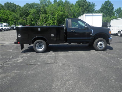 2017 F-350 Regular Cab DRW 4x4, Reading Classic II Steel Service Body #CR1512 - photo 3