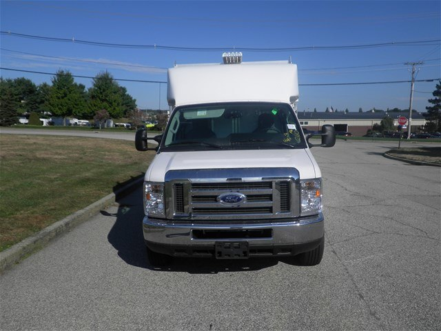 2017 E-350, Supreme Service Utility Van #CR1535 - photo 4