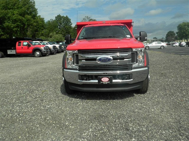 2017 F-550 Super Cab DRW 4x4, Reading Dump Body #CR1552 - photo 4