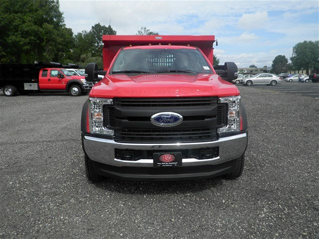 2017 F-550 Regular Cab DRW 4x4, Reading Dump Body #CR1745 - photo 4