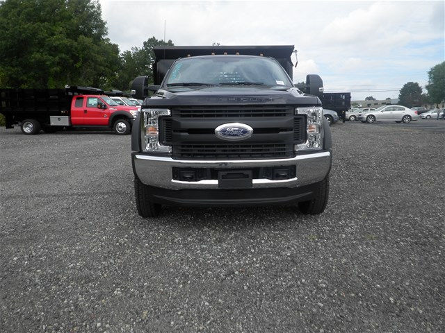 2017 F-550 Regular Cab DRW 4x4, Crysteel Dump Body #CR1951 - photo 4