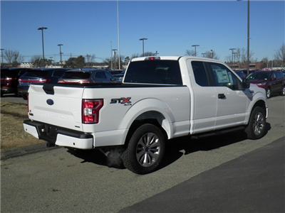 2018 F-150 Super Cab 4x4, Pickup #CR2004 - photo 2