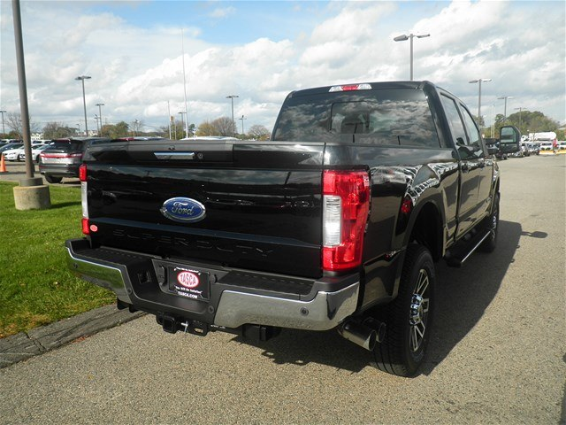 2017 F-250 Crew Cab 4x4 Pickup #CR2022 - photo 2