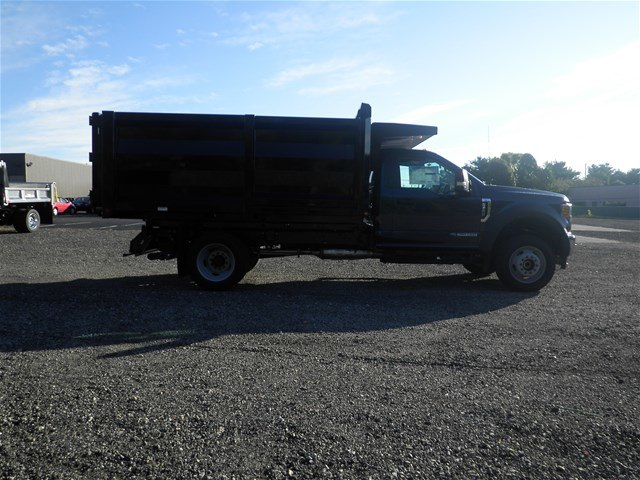 2017 F-550 Regular Cab DRW 4x4 Landscape Dump #CR2045 - photo 3