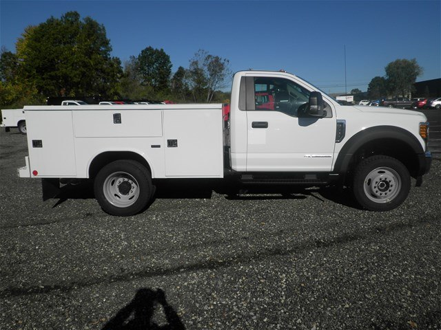 2017 F-550 Regular Cab DRW 4x4 Service Body #CR2161 - photo 3