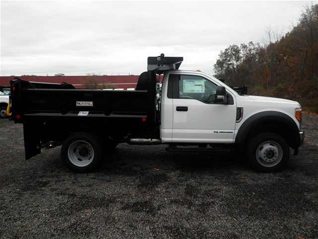 2017 F-550 Regular Cab DRW 4x4,  Crysteel Dump Body #CR2207 - photo 3