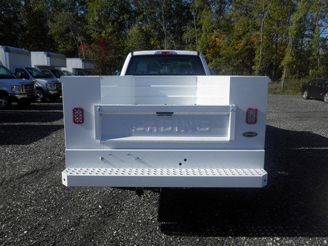 2017 F-350 Super Cab 4x4, Reading Classic II Steel Service Body #CR2208 - photo 2