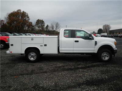 2017 F-350 Super Cab 4x4 Service Body #CR2208 - photo 11