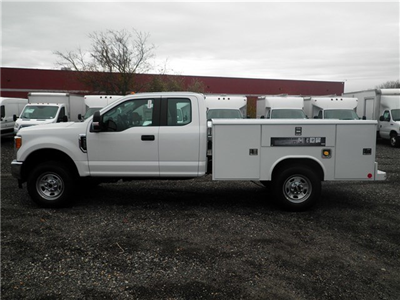 2017 F-350 Super Cab 4x4, Reading Classic II Steel Service Body #CR2208 - photo 9