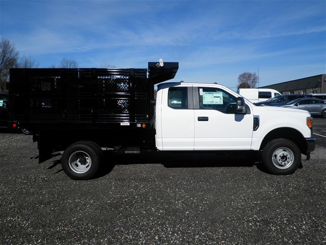 2017 F-350 Super Cab DRW 4x4,  Reading Steel Stake Bodies Stake Bed #CR2218 - photo 3