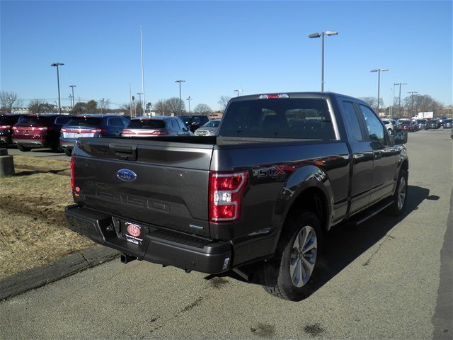 2018 F-150 Super Cab 4x4, Pickup #CR2322 - photo 2