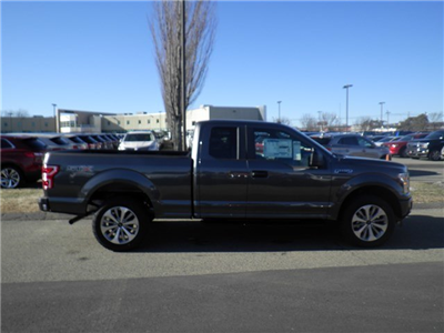 2018 F-150 Super Cab 4x4, Pickup #CR2322 - photo 3