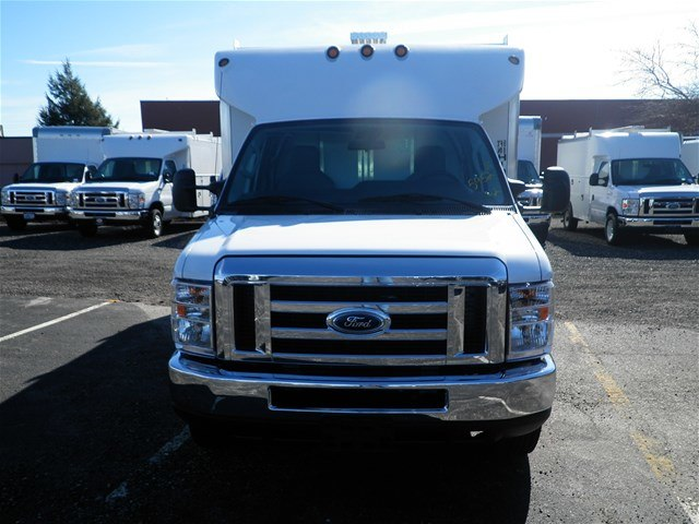 2017 E-450, Service Utility Van #CR2333 - photo 5