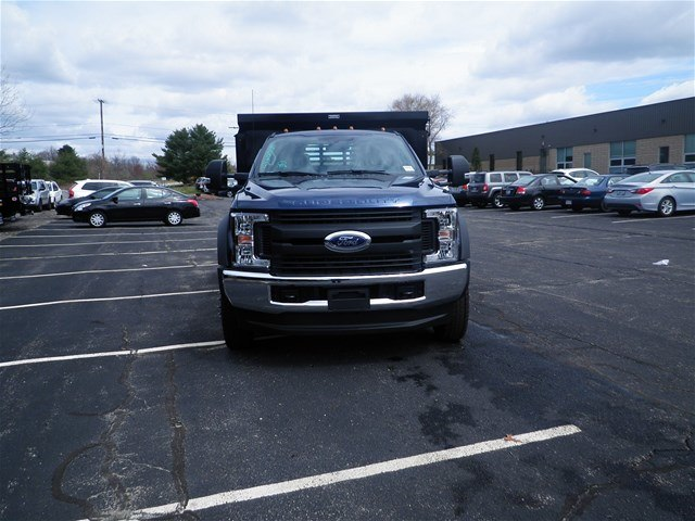 2017 F-550 Regular Cab DRW 4x4,  Reading Dump Body #CR2448 - photo 4