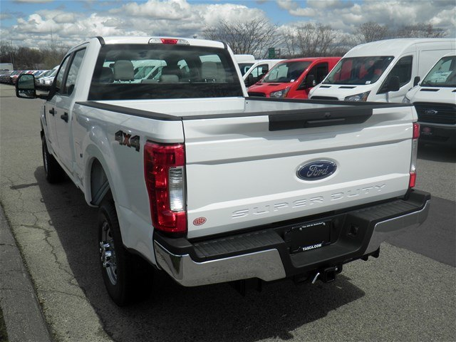 2018 F-350 Crew Cab 4x4,  Pickup #CR2798 - photo 8