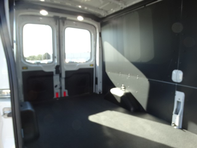 2018 Transit 250 Med Roof 4x2,  Empty Cargo Van #CR2858 - photo 4