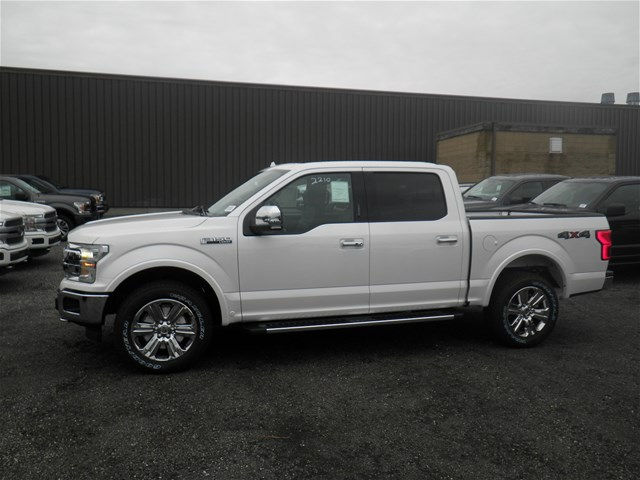 2018 F-150 Crew Cab 4x4, Pickup #CR2859 - photo 10