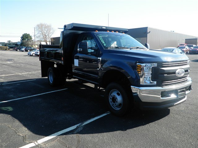 2018 F-350 Regular Cab DRW 4x4,  Reading Dump Body #CR2873 - photo 3