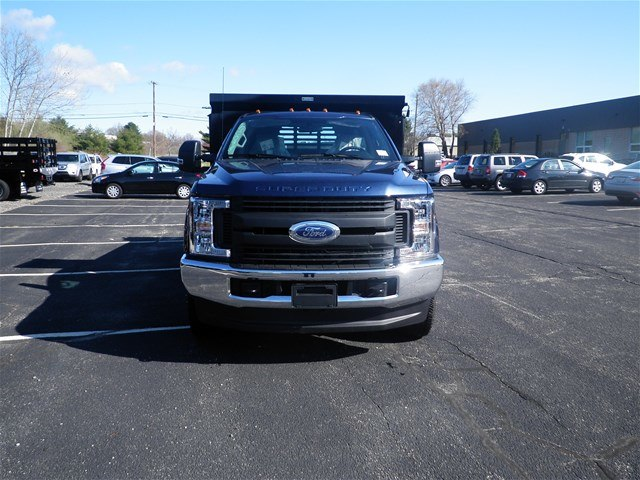 2018 F-350 Regular Cab DRW 4x4,  Reading Dump Body #CR2873 - photo 4