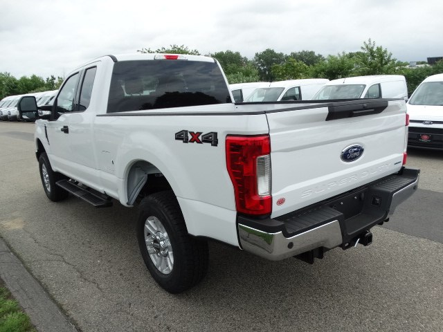 2018 F-250 Super Cab 4x4,  Pickup #CR3232 - photo 5
