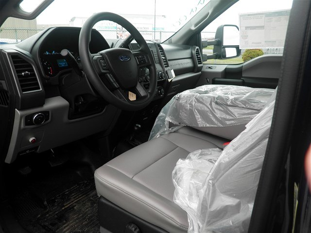 2018 F-350 Regular Cab DRW 4x4,  Reading Marauder Standard Duty Dump Body #CR3291 - photo 5