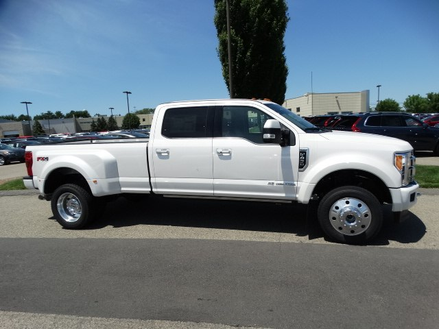 2018 F-450 Crew Cab DRW 4x4,  Pickup #CR3367 - photo 3