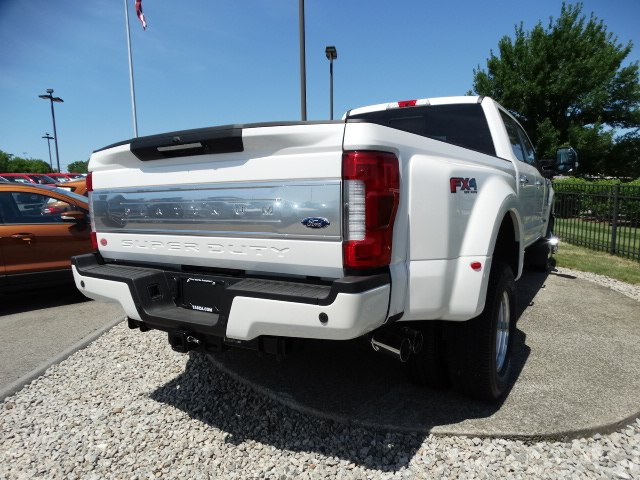 2018 F-350 Crew Cab DRW 4x4,  Pickup #CR3463 - photo 4