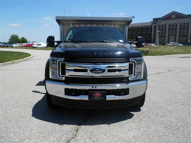 2018 F-550 Regular Cab DRW 4x4,  Duramag Landscape Dump #CR3469 - photo 4