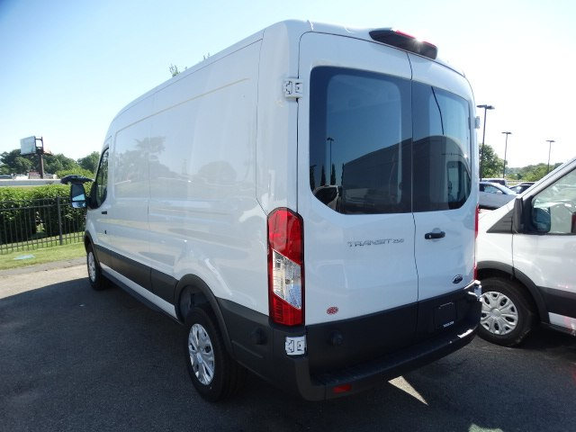 2018 Transit 250 Med Roof 4x2,  Empty Cargo Van #CR3500 - photo 9