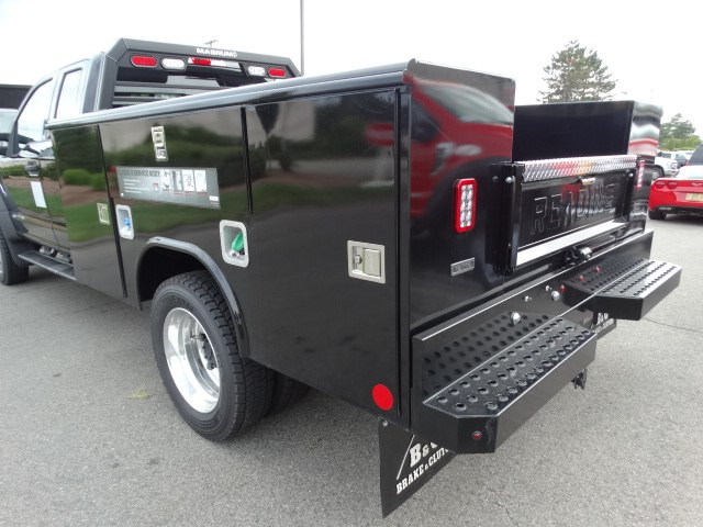 2018 F-550 Super Cab DRW 4x4,  Reading Service Body #CR3780 - photo 2
