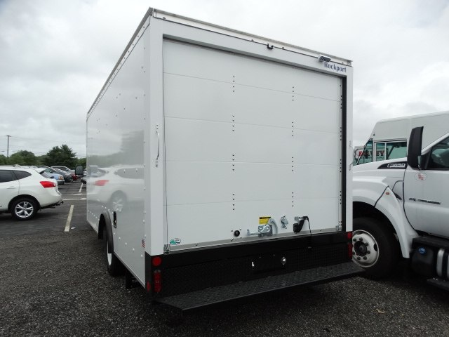 2018 E-350 4x2,  Rockport Cutaway Van #CR3842 - photo 2