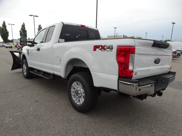 2018 F-350 Super Cab 4x4,  Fisher Pickup #CR3968 - photo 6