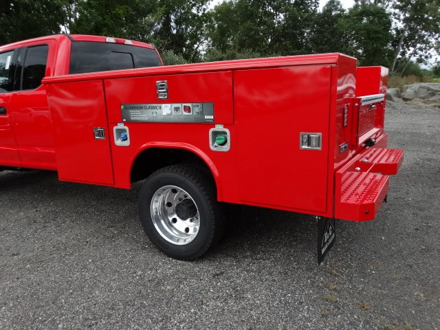 2018 F-450 Super Cab DRW 4x4,  Reading Service Body #CR4039 - photo 2